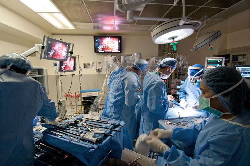 The Robotic Surgeons at St. Luke's - Roosevelt have been innovating procedures for the last ten years. A cautious and sensible approach with respect to risk and outcomes and technological benefit has guided our program for years.