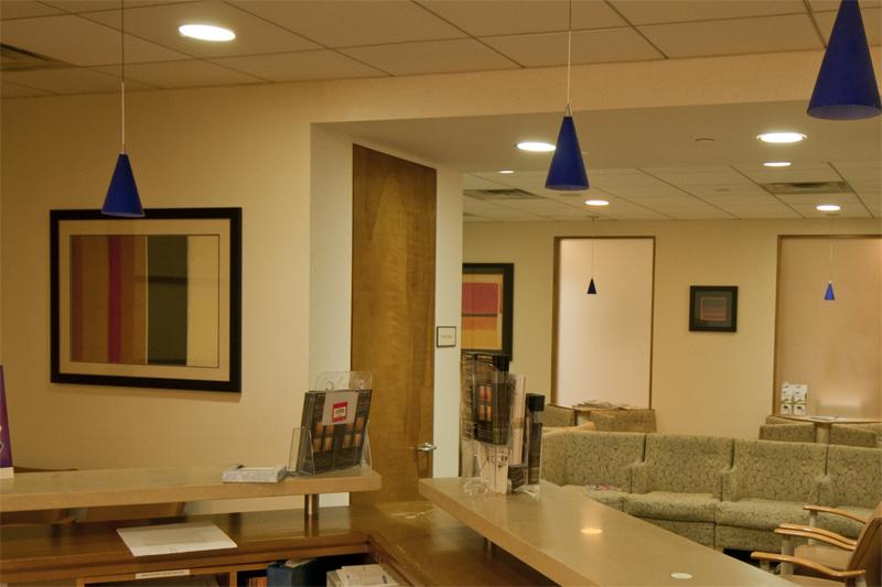 El Consultorio está situado en:  425 West 59th Street, Suite 7B, New York, New York, 10019